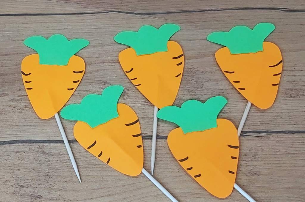 Manualidades para hacer con los niños, tooper de zanahorias.